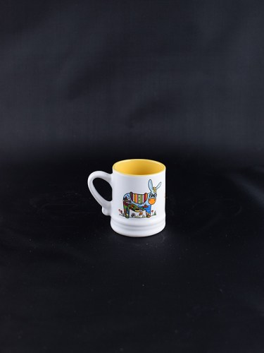 white_yellow_donkey_cup_1